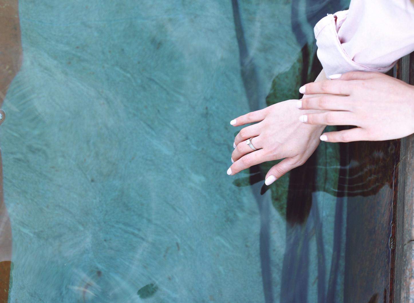 NN_Hair_Design_Manicure_Bluish